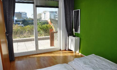 Zugang zur Terrasse vom Schlafzimmer